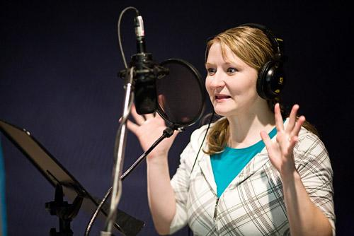 women voice dubbing