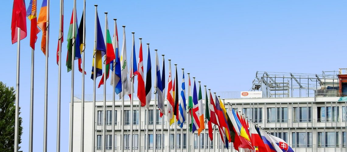flags-1615129_1920